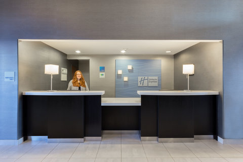 Holiday Inn Express & Suites COOPERSTOWN - Front Desk