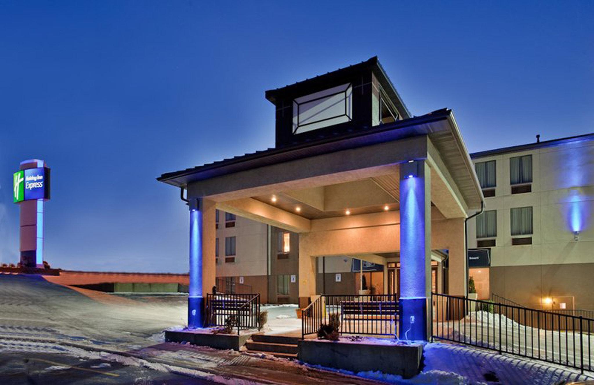 Holiday Inn Express Osage Bch