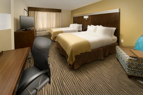 Wingate by Wyndham El Paso Airport - Holiday Inn El Paso Airport  Double Queen Bed Guest Room