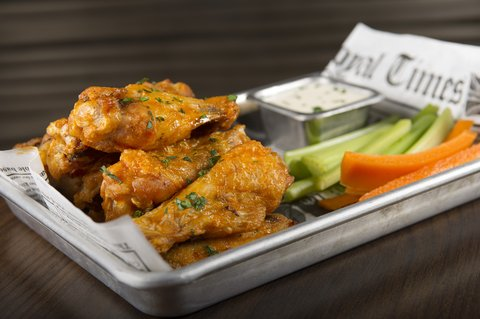 Wingate by Wyndham El Paso Airport - Chicken Wings at The Holiday Inn El Paso Airport