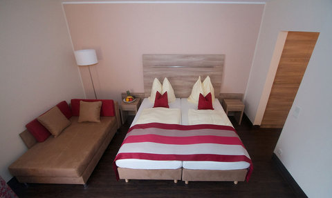 Hotel Rheinterrasse Benrath - Room3
