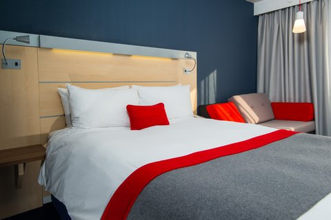 Holiday Inn Express EXETER M5, JCT. 29 - Your perfect night s sleep awaits at our hotel in Exeter