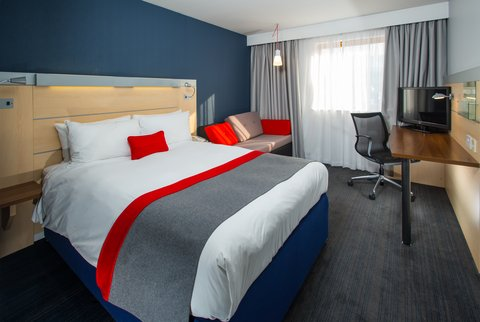 Holiday Inn Express EXETER M5, JCT. 29 -  Like  and  tweet  away from the comfort of your bed
