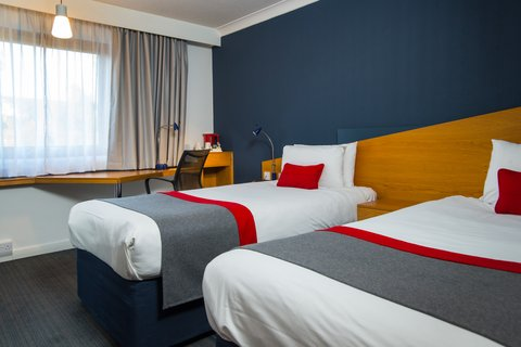 Holiday Inn Express EXETER M5, JCT. 29 - Get cosy in one of our refurbished rooms
