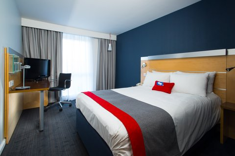 Holiday Inn Express CAMBRIDGE - Sleep comfortably in our new look bedrooms