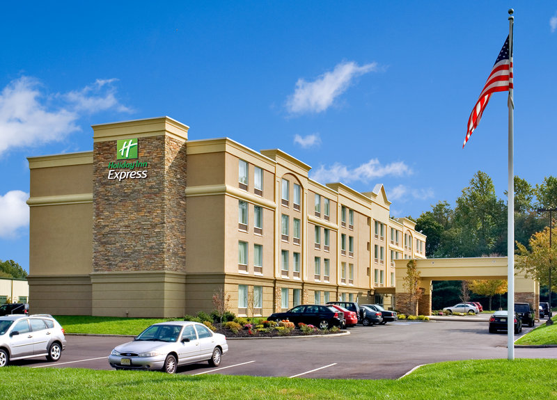 HOLIDAY INN EXP STES WLBREATON