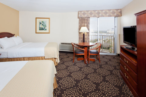 Holiday Inn Charleston Riverview Hotel - Double Bed Guest Room wth a view