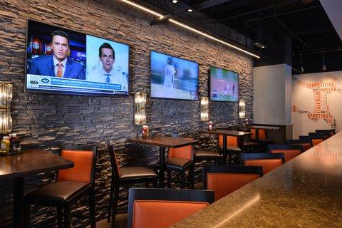 Holiday Inn - Sports Bar