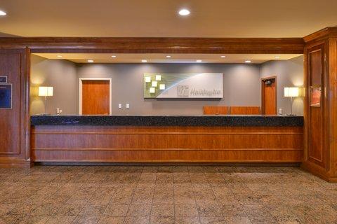 Holiday Inn - Front Desk