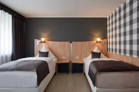 Hotel Asahi - Room2