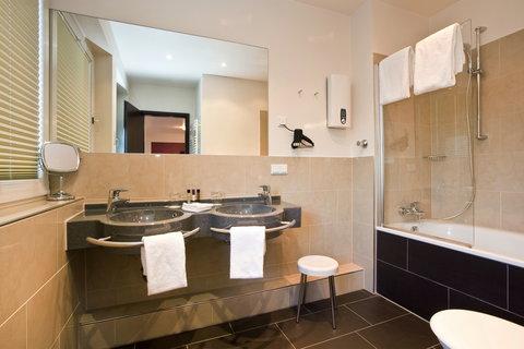 Hotel Asahi - Bathroom