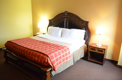 McLure City Center Hotel - Executive King Suite