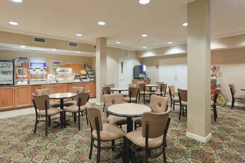 Holiday Inn Express & Suites FULTONDALE - Delicious  Hot  Smart Start Breakfast Buffet
