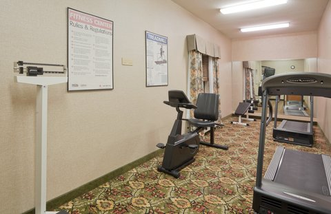 Holiday Inn Express & Suites FULTONDALE - Fitness Center