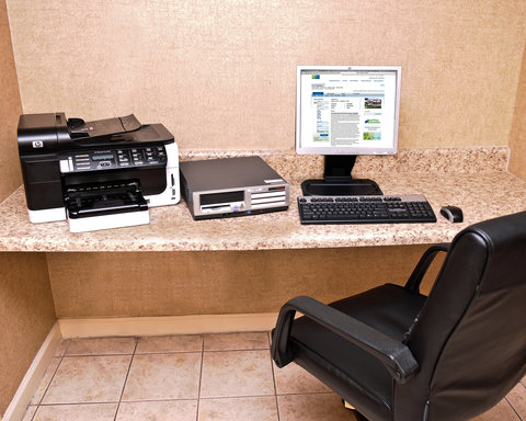 Holiday Inn Express & Suites FULTONDALE - Business Center