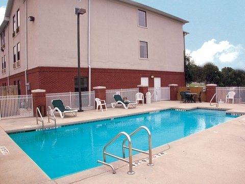 Holiday Inn Express & Suites FULTONDALE - Refreshing and Relaxing Outdoor Swimming Pool