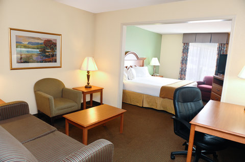 Holiday Inn Express & Suites FULTONDALE - Deluxe Room