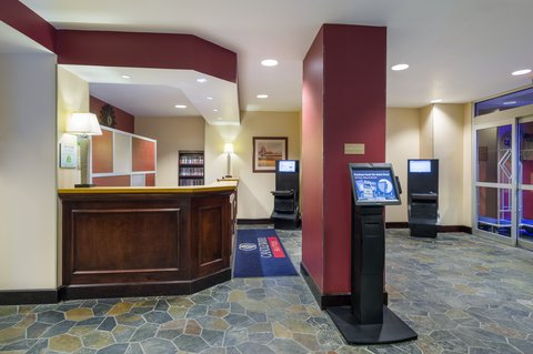 Candlewood Suites NEW YORK CITY- TIMES SQUARE - Business Kiosks