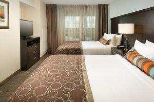 Room - Staybridge Suites South Springfield