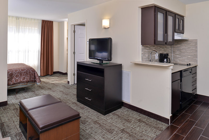 Extended stay america in fort worth tx 75287 citysearch for Addison salon suites