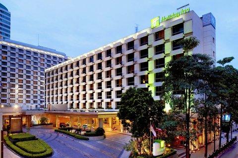 Holiday Inn Bangkok - Hotel Exterior