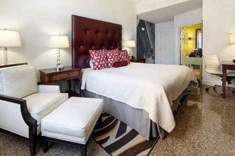 Hotel Indigo NASHVILLE - ADA Accessible King Bed Guest Room