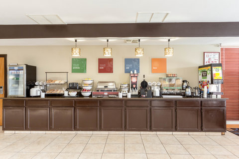 Comfort Inn & Suites Calallen - Breakfast Area