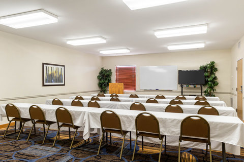 Comfort Inn & Suites Calallen - Meeting room