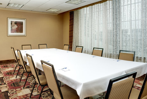 Holiday Inn Express & Suites DETROIT DOWNTOWN - Meeting Room