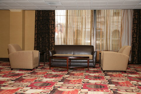 Holiday Inn Express & Suites DETROIT DOWNTOWN - Comfortable Seating Area in Prefunction Meeting Space