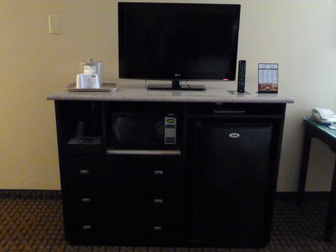Holiday Inn Express & Suites DETROIT DOWNTOWN - Every King Bed Guest Room has mini-fridge and Microwave
