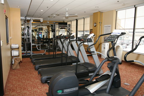Holiday Inn Express & Suites DETROIT DOWNTOWN - A Great Variety of Equipment is Offered in the Fitness Center