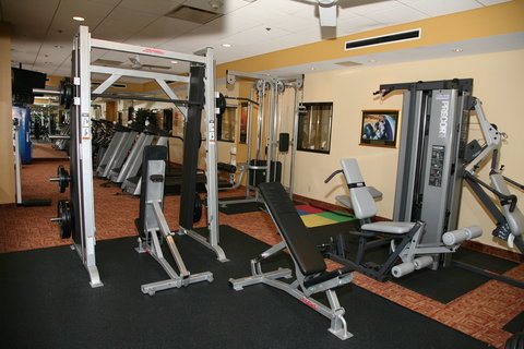 Holiday Inn Express & Suites DETROIT DOWNTOWN - Free Weights are Available in the 24 Hour Fitness Center
