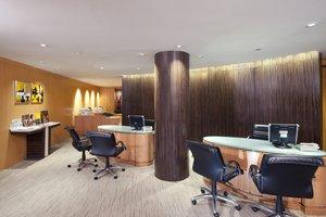 Holiday Inn Bangkok - Business Center