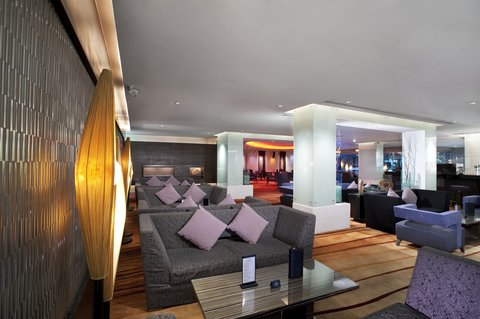 Holiday Inn Bangkok - Holiday Inn Bangkok - Lobby Bar