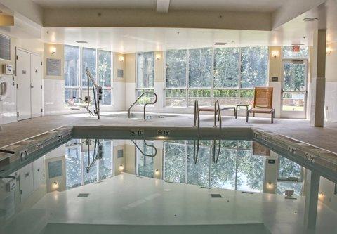 Courtyard Philadelphia Bensalem - Indoor Pool and Whirlpool