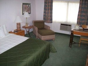 Room - FairBridge Inn & Suites Yakima