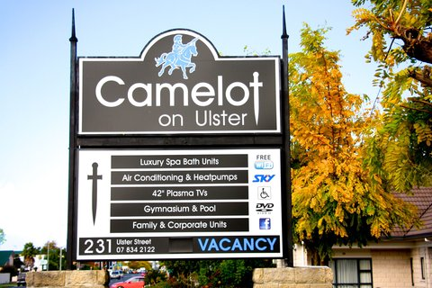 Camelot on Ulster - Road signage