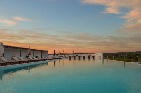 Ecorkhotel Hotel Evora - Pool
