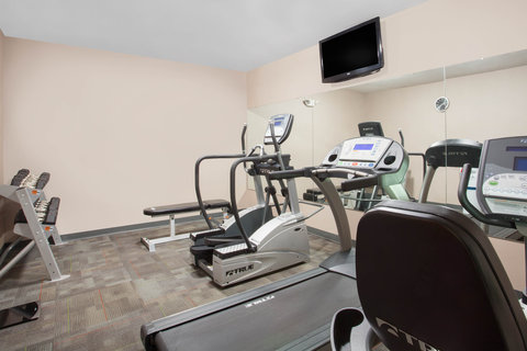 Wingate Inn Columbia Hotel - Fitness Center