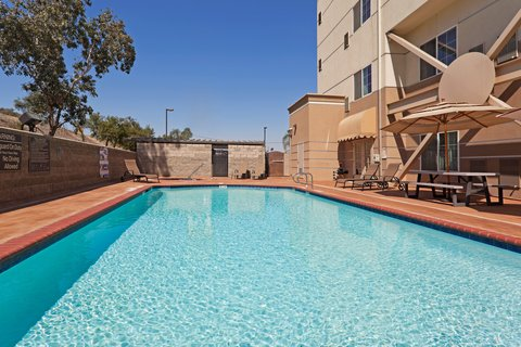 Wyndham Garden Bakersfield Hotel - Outdoor Swimming Pool and Spa