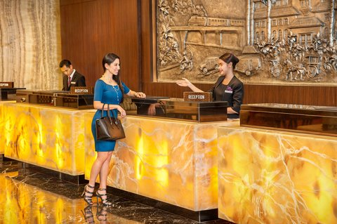 Crowne Plaza BANDUNG - Front Desk