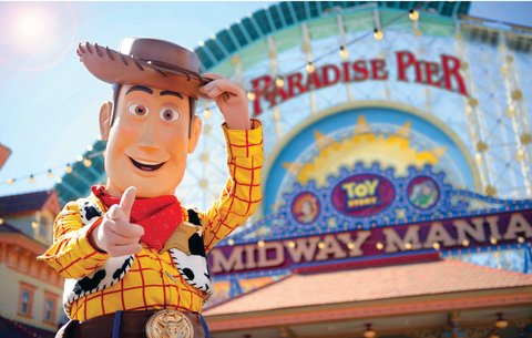 Holiday Inn Anaheim Resort - Paradise Pier and Toy Story s Woody