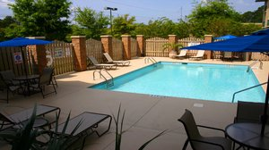 Pool - Holiday Inn Express Hotel & Suites Bluffton