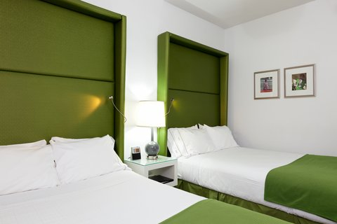 Holiday Inn Express CHICAGO - MAGNIFICENT MILE - Guest Room