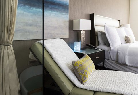JW Marriott Houston Downtown - SPA Inspired Suite