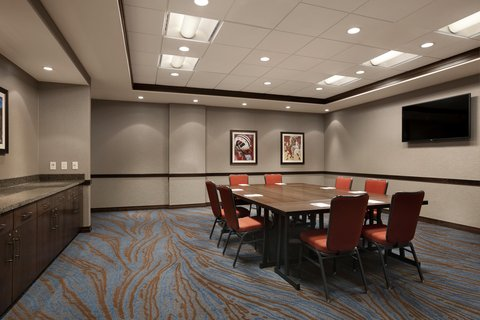 Hampton Inn and Suites Madison Downtown - Boardroom