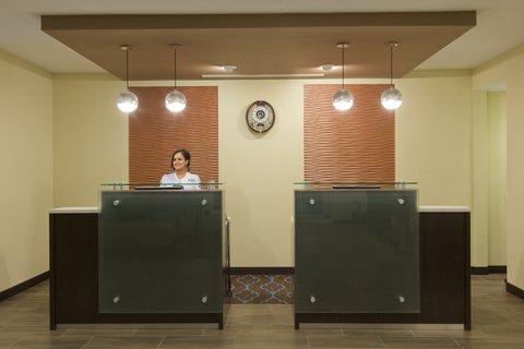 La Quinta Inn & Suites Artesia - LQLobby