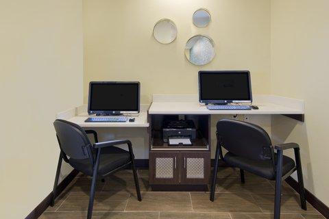 La Quinta Inn & Suites Artesia - Business Center