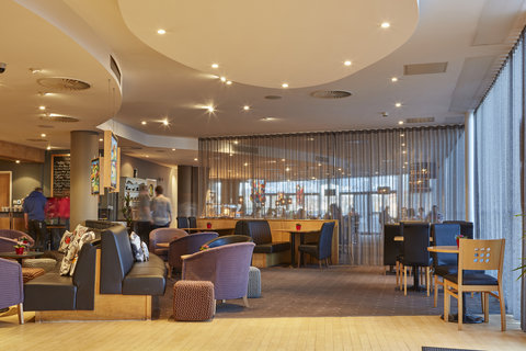 Future Inn Cardiff Bay - Thomas Bar